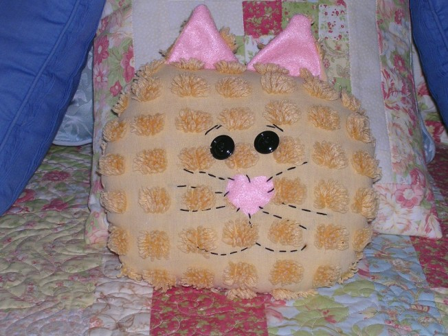 Mom - I'm WAY cuter than this pillow!!!!