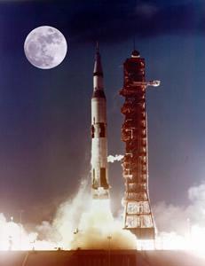 MOON-Rocket1