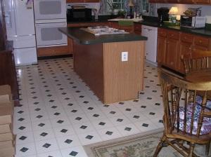KitchenFloorOld1