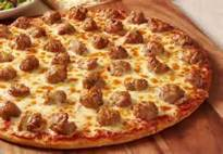Meatball pizza with cheese